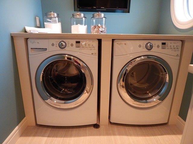 pomocnice při praní a sušení