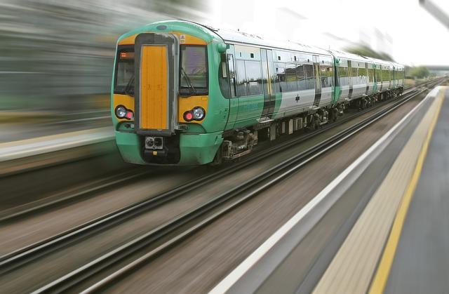 zelený vlak.jpg
