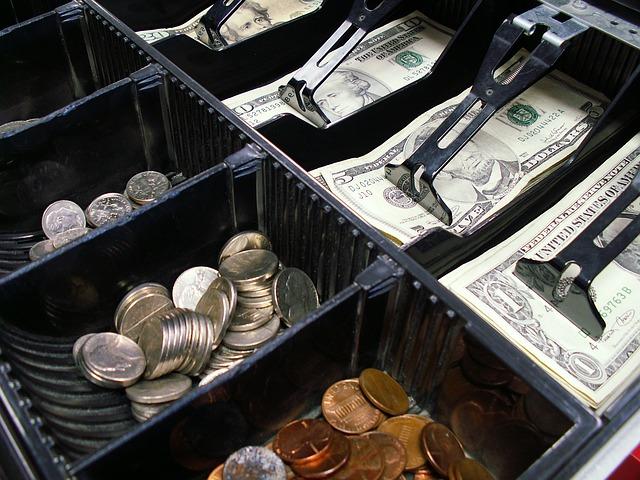 zásuvka pokladny.jpg